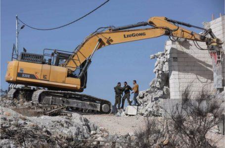 La política de demolición israelí para expulsar a los palestinos