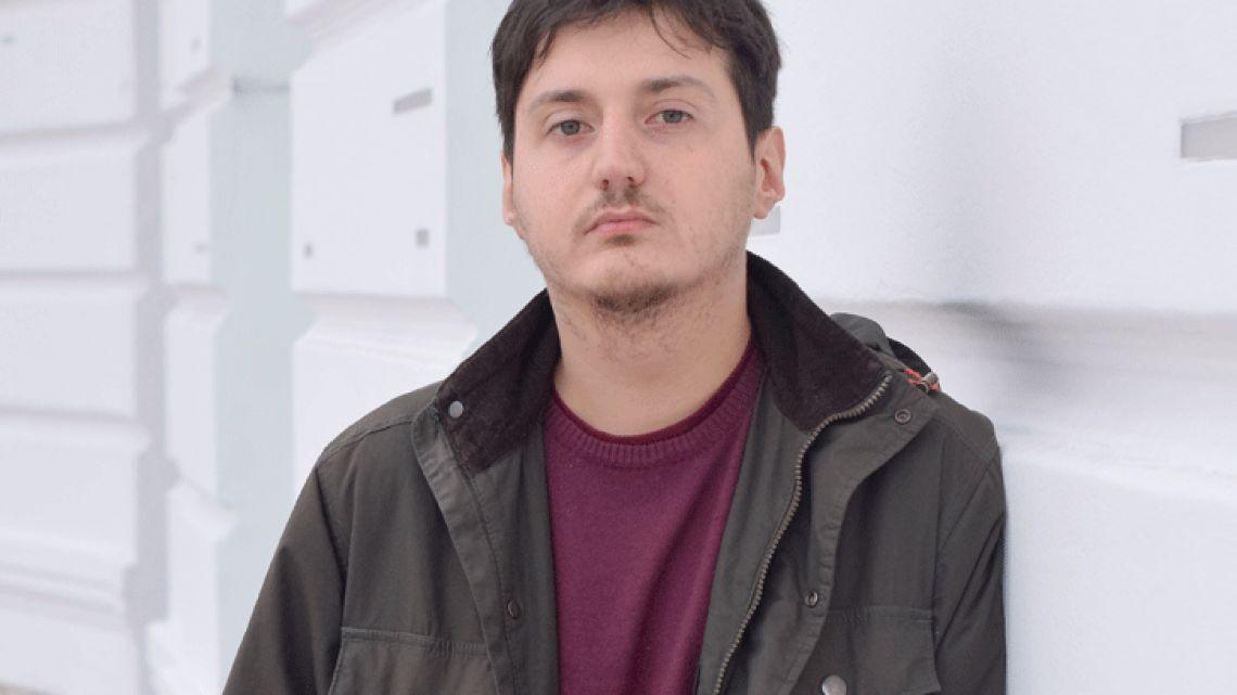 """Gustavo Yuste: """"La poesía es ficción"""""""