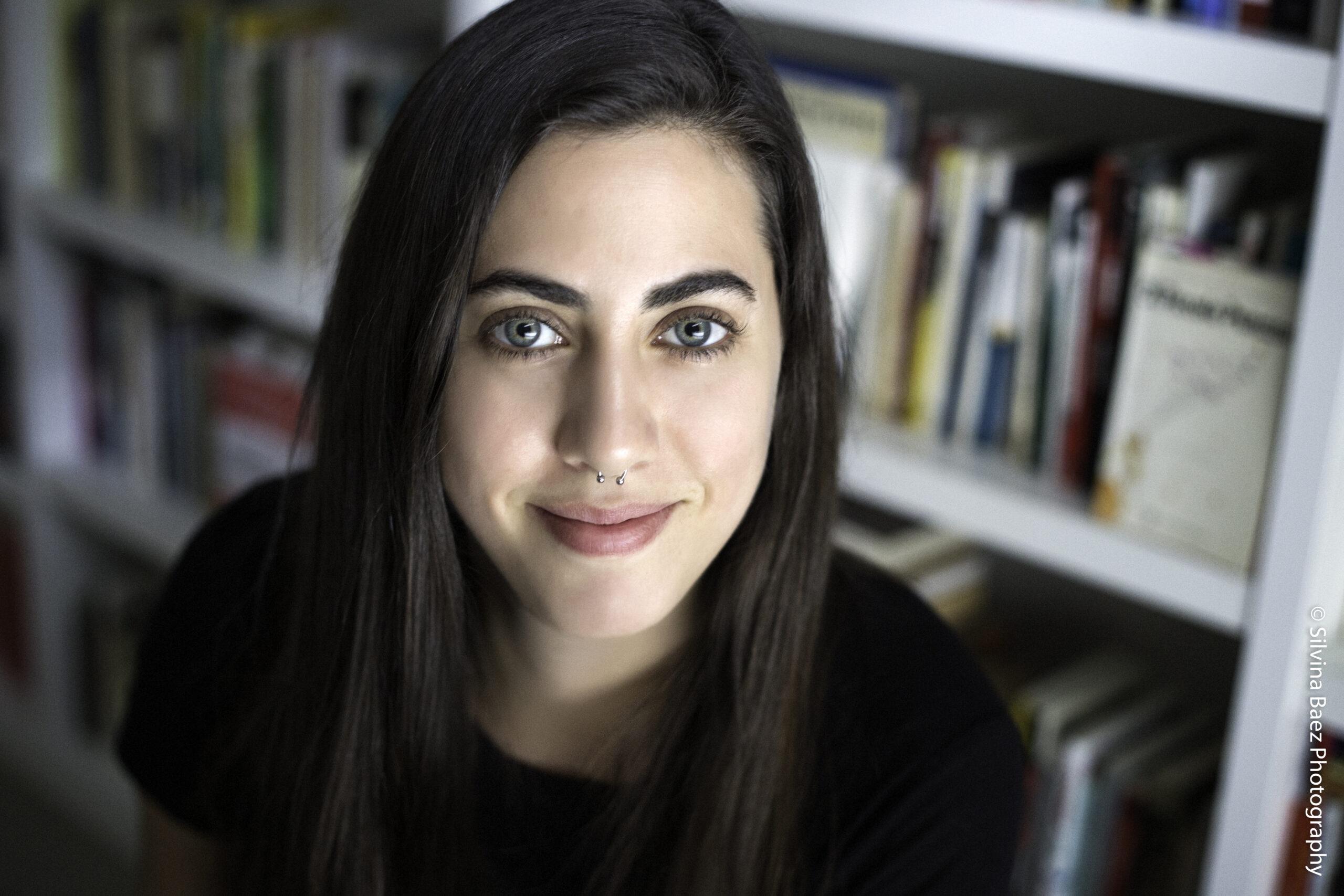 """Natalia Rozenblum: """"Mis poemas versan sobre la relación del ser humano con los animales y las plantas"""""""